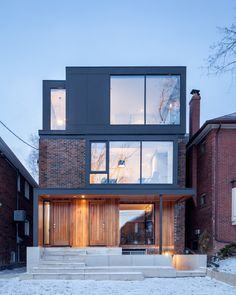 Articles about spacious toronto triplex responds rising urban density. Dwell is a platform for anyone to write about design and architecture. Architecture Résidentielle, Chinese Architecture, Futuristic Architecture, Cedar Cladding, Cedar Siding, Design Exterior, Modern Exterior, Hillside House, Modern House Design