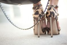 spring shoes 2013 | mafia-Spring-2013-model-street-style-Valentino-studded-rockstud-shoes ...