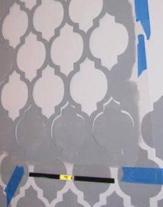 Clean & Scentsible: How to Stencil a Wall