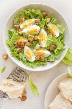 10 vinagretas saludables para tus ensaladas - Adelgazar en casa Healthy Chicken Dinner, Healthy Breakfast Recipes, Healthy Snacks, Healthy Eating, Healthy Recipes, Low Carb Meal, Healthy Meal Prep, Health Dinner, Food Goals