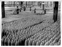 Munitions factory, World War I, England