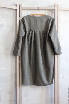 b8fa59fca298474 Скромное Платье из шерсти с валяной вставкой на груди – купить в  интернет-магазине на