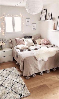 Teen Bedroom Designs, Modern Bedroom Design, Bedroom Decor For Women, Bedroom Ideas For Small Rooms For Teens For Girls, Girls Bedroom Ideas Teenagers, Rooms For Teenage Girl, Teen Bedroom Colors, Bedroom Decor Teen, Cool Rooms For Teenagers