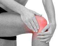 Osteomielitis dapat terjadi ketika infeksi bakteri atau jamur berkembang di dalam tulang atau mencapai tulang dari bagian lain dari tubuh.