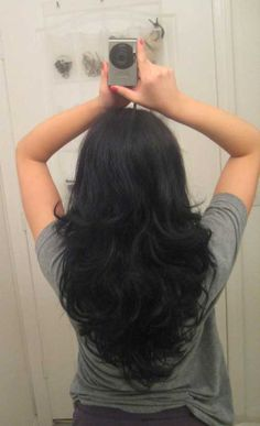 Step Cut Hairstyle For Straight Hair Back View - simplehairclub club cutting hair styles - Hair Cutting Style Long Hair V Cut, Haircuts For Long Hair With Layers, Curls For Long Hair, Straight Hairstyles, Long Haircuts, Long Layered Haircuts Curly, Step Cut Haircuts, Haircut Short, Thin Hair