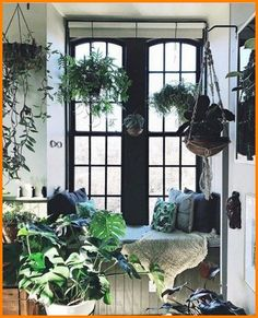 My Current Favorite and Affordable Home Decor Products Decoration Plante, Apartment Goals, Apartment Therapy, House Plants Decor, Affordable Home Decor, Home And Deco, Of Wallpaper, Indoor Plants, Hanging Plants