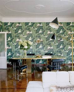 Wallpaper is great alternative to paint when it comes to an accent wall // walls