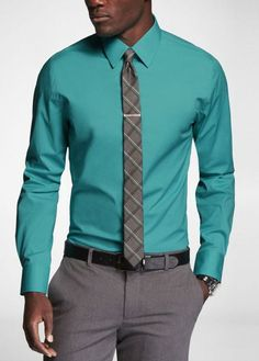 what color tie with teal shirt