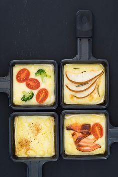 The Culy way of gourmetten: onze favoriete tips en producten - Culy.nl Raclette Recipes, Snack Recipes, Snacks, Fondue, Raclette Originale, Brunch Spots, C'est Bon, One Pot Meals, I Love Food