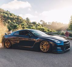 "6,584 Likes, 14 Comments - TheHottestNissan GTR Page (@nissan_gtr_lovers) on Instagram: ""Bagged and Boujie @tjhunt_ @dustiinw --------------------------------------------- BUY GTR…"""