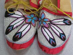 Native american full bead tan hide moccasins multicolored pink and red 10 inches Native American Moccasins, Native American Regalia, Native American Beadwork, Native Beadwork, Native Beading Patterns, Beadwork Designs, Beaded Shoes, Beaded Moccasins, Moccasins Outfit