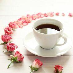 Boa Tarde pro6ssss  Com um delicioso café ☕