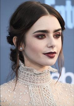Prom 2017 Hairstyles - Lily Collins