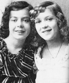 Mary Pickford (1892-1979) and her sister -  Lottie Pickford (1893-1936)