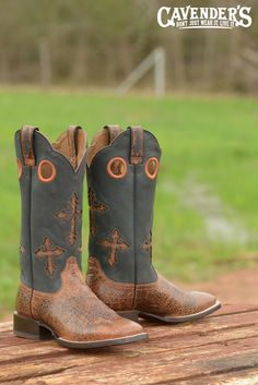 Starting your Christmas list way early? These Ariat boots would be perfect for dad, husband, or son.