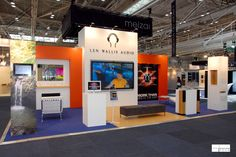 LEN WALLIS AUDIO @ DESIGNEX  Appealing to interior designers and specifiers this stand has to stand out for its unique audio visual solutions offered to its target audience