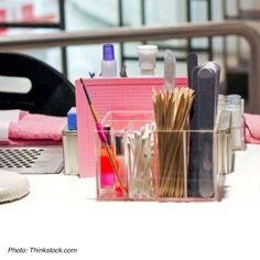 De-Clutter Your Manicure Table – Nail Collections Home Nail Salon, Hair And Nail Salon, Nail Salon Design, Nail Salon Decor, Beauty Salon Decor, Beauty Bar, Beauty Cabin, Manicure Station, Nail Station