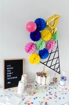 A modern DIY Ice cream party- the perfect kids birthday party- plus, it's gender neutral! Diy Ice Cream, Ice Cream Party, Ice Cream Invitation, Ice Cream Decorations, Girls Party Invitations, Ice Cream Birthday Cake, 100 Day Celebration, Birthday Photo Booths, 3rd Birthday Parties