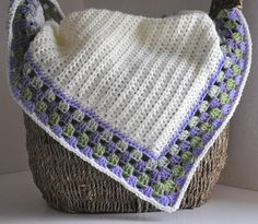 Love the idea of using the granny square pattern for the edge!