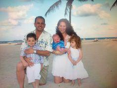 Name: Rachel Pesola Caption: Family vacation on the Beach !!