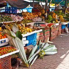 Street market in Curasau