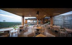 http://www.idinarchitects.com/?portfolio=choui-fong-tea-cafe