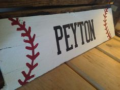 Super easy DIY baseball signs for the boys bedroom! Baseball Signs, Baseball Crafts, Baseball Mom, Olympic Baseball, Sports Signs, Angels Baseball, Baseball Stuff, Nfl Sports, Pallet Crafts