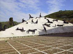 Gibellina Nuova, Baglio Di Stefano, Montagna di sale di Mimmo Paladino by charlesbegniamino - Italy, via Flickr