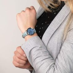 These Swiss watches for women are classy, simple, and elegant. A blue ladies watch makes the perfect gift for women. Swiss Made Watches, Classy Casual, Trends, Elegant, Laser Engraving, Gender Female, Lady, Style Guides, Diamond Cuts