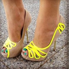 Amazing Color Butterfly Cut-out Peep-toe Heel Peep-toe Heels from fashionmia.com