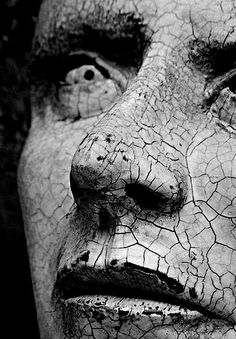 Black and White Photography of Women: How Take Beautiful Pictures – Black and White Photography Cemetery Art, Cemetery Statues, Belle Photo, Dark Art, Black And White Photography, Art Inspo, Art Reference, Sculpting, Fantasy Art