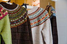 Fair Isle Yoke Cardigan by Elizabeth Zimmermann Fair Isle Knitting, Hand Knitting, Knitting Patterns, Pink Fur Coat, Fair Isle Pattern, How To Purl Knit, Knit Crochet, Crochet Sweaters, Cozy Sweaters