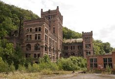 Výsledek obrázku pro Abandoned places