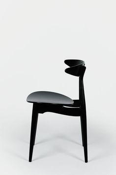 CH33 by Hans Wegner, 1957 #design #pin_it @mundodascasas See more more: www.mundodascasas