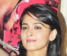 Anushka Shetty Close UP Stills - Anushka Shetty