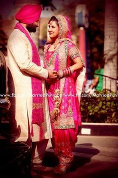 Punjabi couple ❤️ gorgeous bride Extremely in love that she wear a punjabi shit not lehnga. Indian Wedding Deco, Indian Wedding Fashion, Sikh Wedding, Indian Wedding Outfits, Wedding Suits, Indian Bridal, Indian Outfits, Indian Weddings, Punjabi Wedding Suit