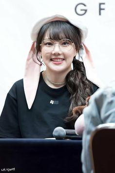 Kpop Girl Groups, Korean Girl Groups, Kpop Girls, Extended Play, Oppa Gangnam Style, Cloud Dancer, I Have A Crush, G Friend, Music Photo