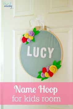 Baby Name Hoop Art (All Things Thrifty) Diy Craft Projects, Fun Crafts, Sewing Projects, Crafts For Kids, Arts And Crafts, Diy Spring, Hanging Letters, Baby Shower, Camping Crafts