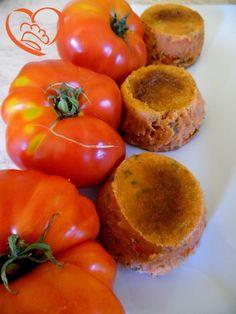 Sformatini di pomodori http://www.cuocaperpassione.it/ricetta/402f1f4c-9f72-6375-b10c-ff0000780917/Sformatini_di_pomodori