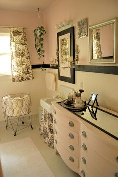 Cute bathroom but not planning on putting a sink or vanity in my office. I just like the contrast of the pink and black