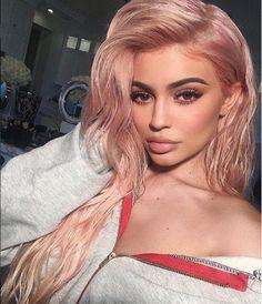 Un chico que la hirió fue el culpable de que Kylie aumentara sus labios