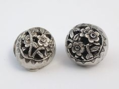 ANTIQUE CHINESE STERLING SILVER BUTTON FLOWER PATTERN (4)