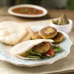 Og har du noen gang prøvd å lage falafel selv? Falafel, Tacos, Meat, Chicken, Ethnic Recipes, Food, Essen, Falafels, Meals