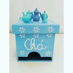WEBSTA @ the.artesanato - 🐚💙✅#artesanato #artesanatobrasil #diy #blue #pastel #chá #tea #mdf #caixinhaspersonalizadas #cozinha #decoracao #decoracaotumblr #feitoamao #horadocha #xicara #bule