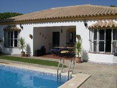 Villa for rent in Chiclana de la Frontera
