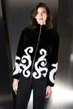 27l_ny14_escada_trend council_2614