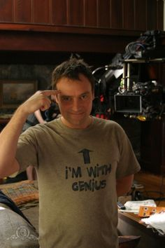 David Hewlett gets 10 minutes to be Rodney McKay around his girlfriend before he has to switch him off :P