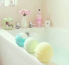 when i get my own house... this is what my bathroom will look like. Imagine what it would smell like (oh my lord)