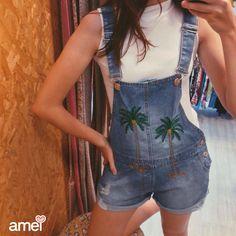 VERÃOzão ta ai ☀️ #lojaamei #jeans #macacão #gola #verão #amamos #novidades #coqueiro #bordado