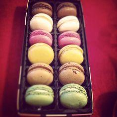 Life in colour! Les macarons de Paris!